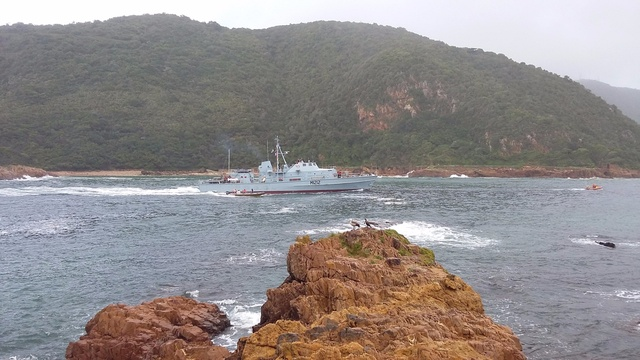 The Navy Minesweeper entering the Heads during the 2015 Oyster Festival